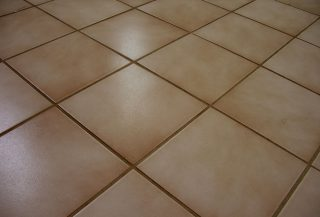 Clean Tile and Grout Floor